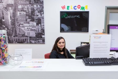 receptionist-office-450x300